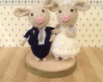READY MADE - Bride and groom 'button nosed' piggies. This set is ready to post or you can have a bespoke set made to order