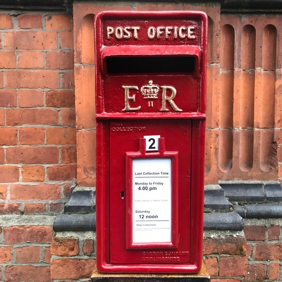 RED POST BOX: Prop hire post office box. Ideal for Weddings, Engagement parties, Retirement do's, Birthday party, Bar Mitzvah & Bat Mitzvah.