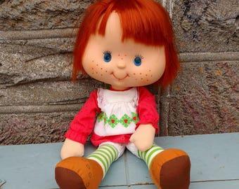 Doll Fraisinette vintage, Charlotte doll strawberry, cartoons vintage, children 1980, American Greetings, Brocante nostalgia