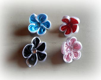 4 flowers appliques, craft or sewing mixed colors 4.5 cm