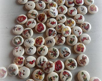 8 themed Christmas 15 mm painted wood buttons