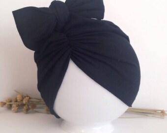 Black hat/turban