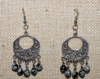 Earrings in silver and pearls