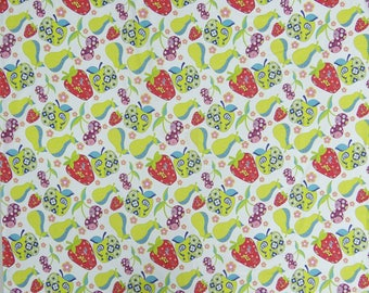 """Fruit Print, White Cotton Fabric, Home Decor, Sewing Fabric, Handcrafted, 46"""" Inch Dress Fabric By The Yard  ZBC8570A"""