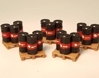 Oil Barrels on pallets miniaturs HO scale railroad 5x
