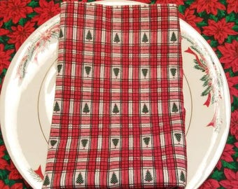 16×16 Red and Green Christmas Napkins. Set of 4.