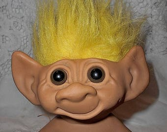 "Vintage Uneeda Wishnik Troll Doll Double Horseshoes 8"" Tall Bright Yellow Hair Brown Eyes"