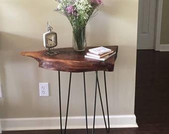 Black Walnut/Side table/ Accent table/ End table/ Night stand/ Bedside table