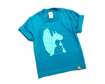"""Toddler t-shirt jade with a mint hand made screen printing  """"squirrel"""""""