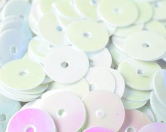 3/4/6mm White Iridescent Flat Sequins Sparkle Round Sequins/Loose Paillettes, Wholesale Sequins Multi-Color, Sequin Apparel,Shoe Decor,