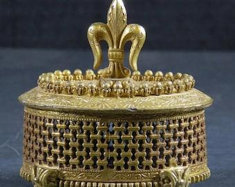 ON SALE Vintage  Florenza Footed Filigree Box Jewelry Trinket Box Fluer De Lis Marked