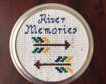 River Memories Mason Jar, Mason Jar Decor, Mason Jar Lid, Cross Stitch Art, Opposing Arrows Mason Jar
