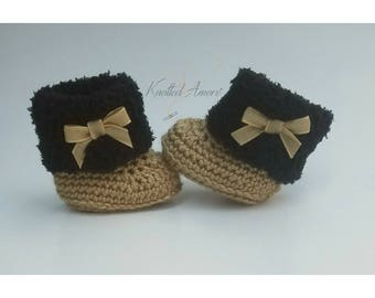 Crochet baby booties, baby girl shoes, winter boots, gift for baby, fur shoes, announcement, baby shower, knitted shoes