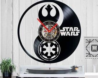 Star Wars Vinyl clock Star Wars uhr handmade clock Wall art Wall clock Empire rebellion Star Wars clock vinyl Record clock Birthday Disney
