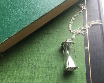 Vintage Unusual Hourglass Timepiece Pendant Silver Necklace