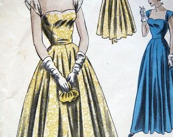 Vintage Vogue Special Design Ball Gown Evening Dress Pattern 4883. Size 14 Bust 32""