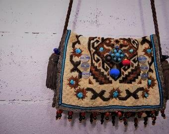 bag Boho syle carpet wool patterned with big PomPoms