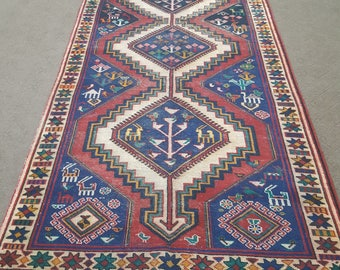 "153 cm x 198 cm Persian area rug, 5' x 6'6"" antique area rug, Persian rug."