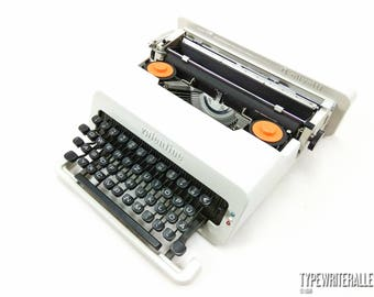 White OLIVETTI VALENTINE!!!. Working typewriter. Olivetti typewriter. Manual typewriter, Vintage typewriter. White typewriter.