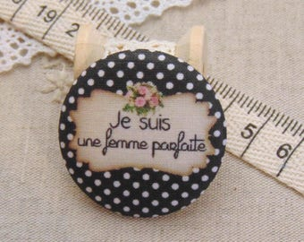 1 button x 38mm fabric I am perfect ref A7