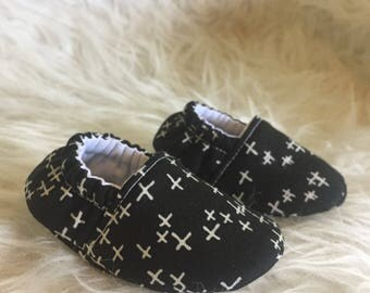 Baby Moccs: Starry Soft Sole Baby Toddler Shoes - White Plus Signs on Black - Celestial - Baby Toddle Slippers - Crib Shoes