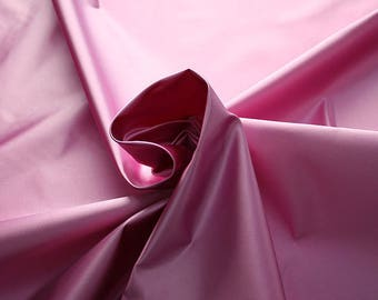 276207-Satin Natural silk 100%, width 135/140 cm, made in Italy, dry cleaning, weight 180 gr