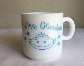 """Vintage """"I love Grandma"""" mug"""