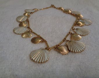 Vintage metal shell necklace