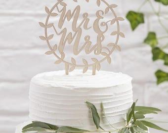 """""""Mr & Mrs"""" cake pick"""