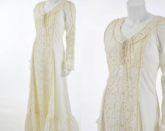 70's Gunne Sax Ivory Maxi Dress-1970s Bohemian Crochet Lace Dress-Renn-Rennaisance-Hippie-Lace Up-Wedding-Bridal-M-Med