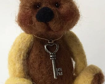 Mini Felted Artist Bear by Chicago Bear Co: Buster