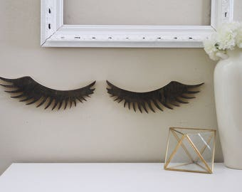 Wood cut out eyelashes for girls room