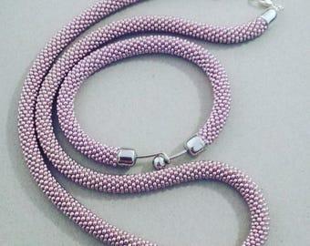 Round neck and bracelet sets