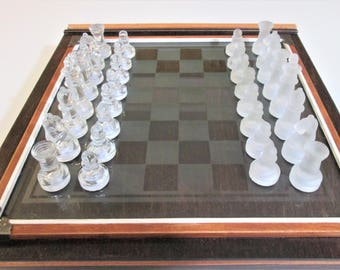 Game Set, chess, checkers and backgammon
