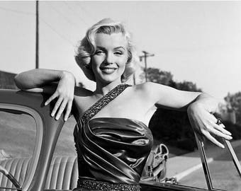 ON SALE Marilyn Monroe - Photograph - 1950s - Norma Jean - Hollywood - Celebrity - Legend - Beauty - Black and White - Photo - Print - Actre