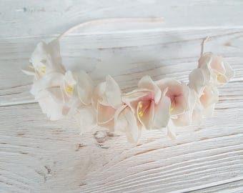 Simple peach rustic communion white hair wreath, small blossom ivory flower hair head crown, blush pink headpiece, flowergirl circlet bridal