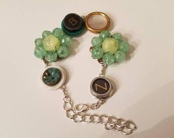 Typewriter key bracelet.Green bracelet. Upcycled bracelet. Repurposed jewelry.Handmade