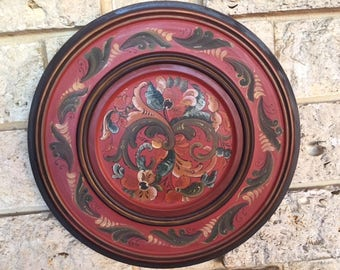 Norwegian Handpainted Wood Plate Rosemarling    16 Inch   Vintage 1985 and signed by the artist