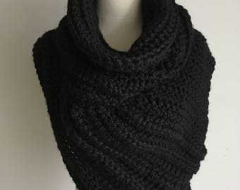 Huntress Vest / Katniss Vest / Crochet Vest / Wool Blend