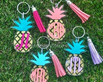 Monogram Pineapple Keychain {choose your own colors}