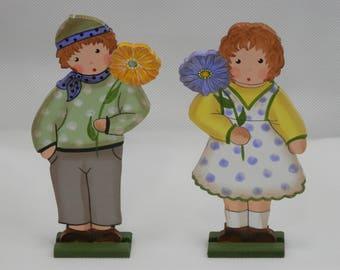 Small Polka Dot Gerbera Boy and Girl - Wooden Spring Decor
