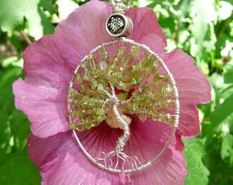 Tree of life pendant Peridot