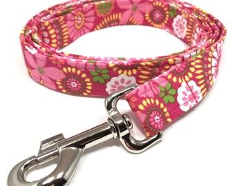 Spring Dog Leash, Pink Flower Print Dog Leash, Pink Dog Leash, Fabric Dog Leash, Girl Dog Leash