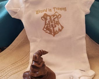 how to make a sorting hat cake topper
