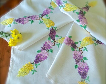"""Hand Embroidered Beautiful """"Wisteria"""" Vintage  Linen Tablecloth"""