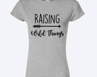 Raising wild things Mum T-shirt