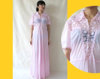 Vintage Lace Maxi Dress • 70s Long Night Dress • Pastel Pink Nightgown • Short Sleeves Lingerie Dress • Retro Nightwear • M Medium L Large