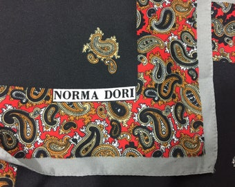 NORMA DORI black and paisley scarf