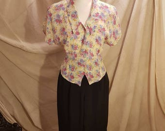 1980s floral shirt. UK size 12