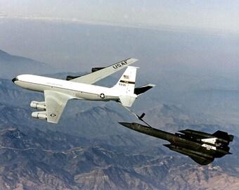 NASA SR-71 Aircraft Refuels From an Edwards Air Force Base KC-135 in 1997 - 5X7, 8X10 or 11X14 Photo (AZ164)